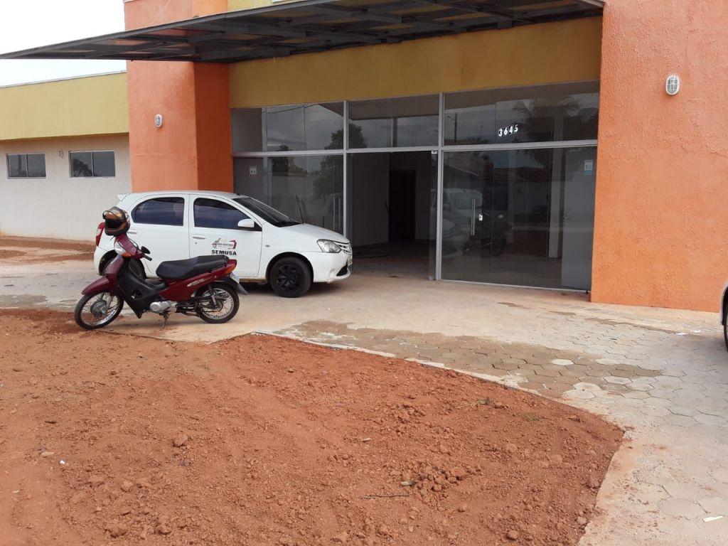 ATENÇÃO NOVA BRASILÂNDIA: A administração do prefeito Helio Mendes da calote em construtor e invade Prédio que ainda nem pagou o construtor