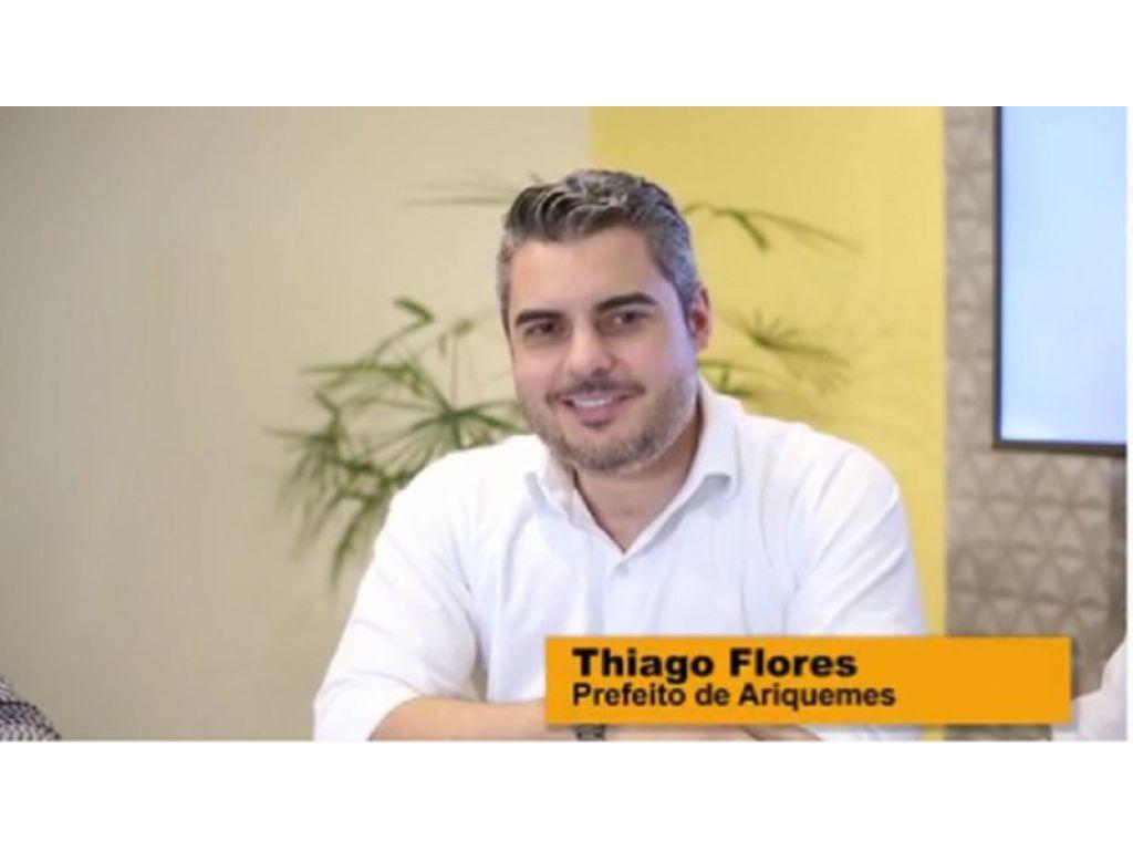 O MP ainda investiga o caso do prefeito Thiago Flores por favorecer servidores à enriquecimento ilícito