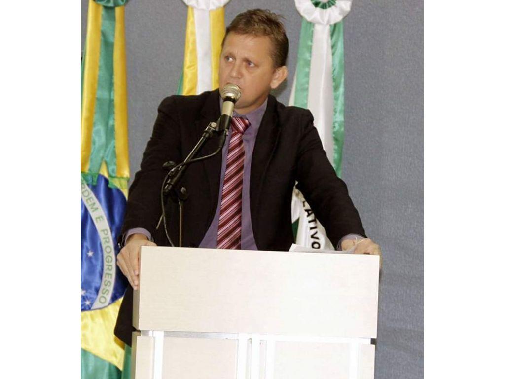 Cacoal por mal administração emendas Parlamentar do senador Acir Gurgcz e vereador mão, poderá ser devolvida por falta de projeto da Prefeita Glaucione Rodrigues
