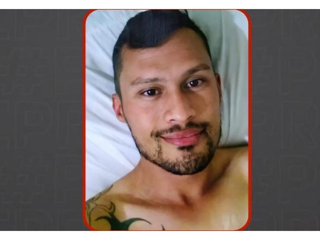 """Polícia identifica e faz buscas por """"assassino"""" de homossexuais no PR e em SC"""