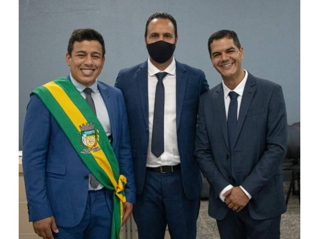 URGENTE: Prefeito Adailton Fúria do município de Cacoal RO e seus super Secretários
